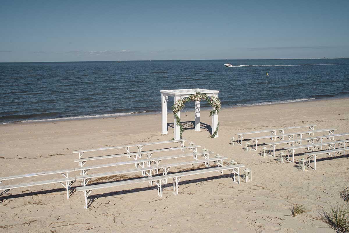 Delaware beach wedding venue altar.